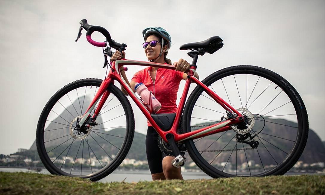 Aumento da procura de bicicletas e a falta delas nas lojas. A jornalista Priscilla Azevedo comecou no esporte durante a pandemia Foto: Hermes de Paula / Agência O Globo