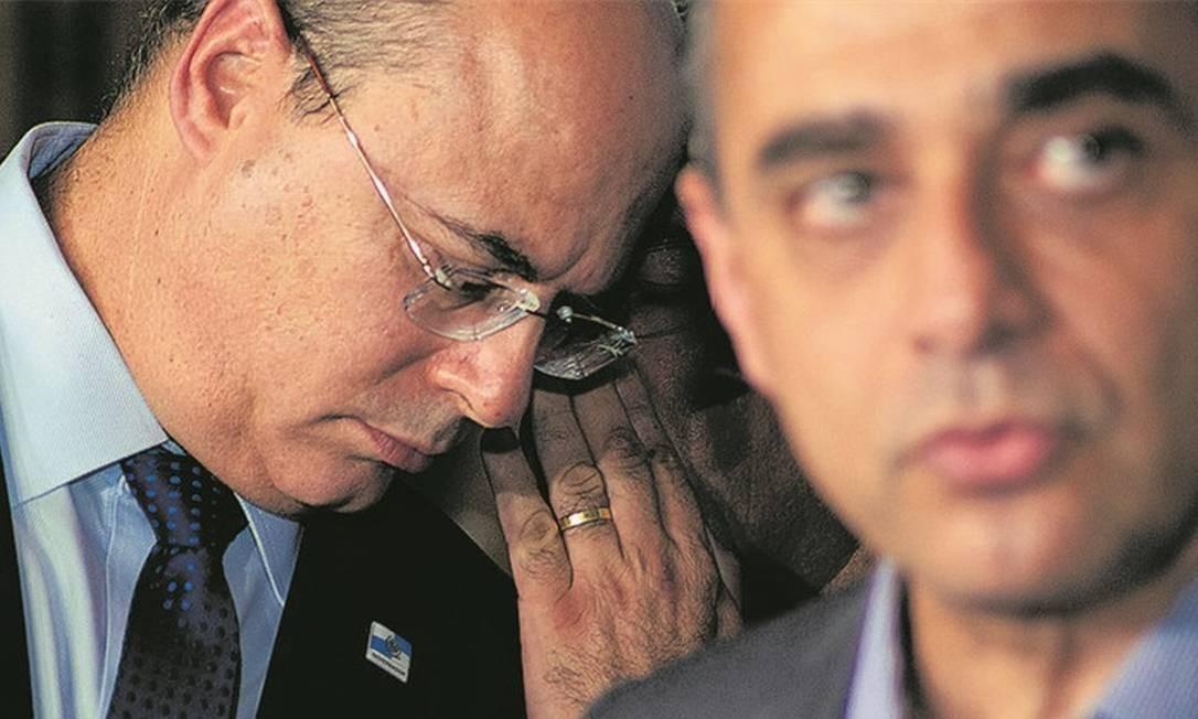 Juntos, o governador afastado Wilson Witzel e o ex-secretário Edmar Santos: denúncias de desvios em fundo da Saúde Foto: Vanessa Ataliba/13-3-2020 / Zimel Press
