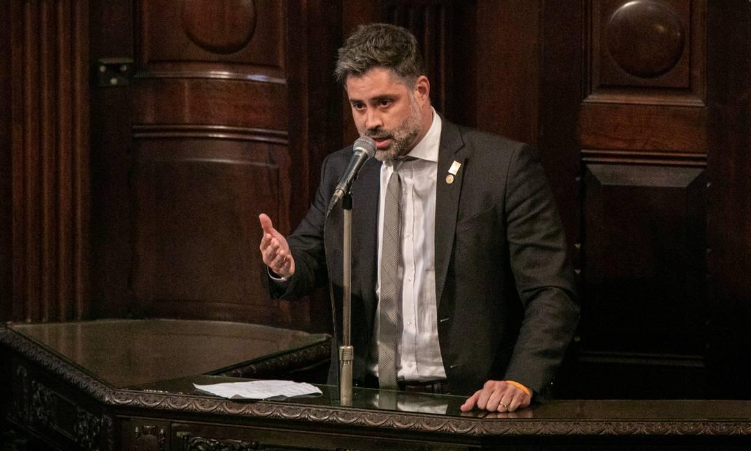 """Deputado Alexandre Freitas (NOVO). Em sua fala, parlamentar disse que """"quem rouba da saúde é assassino, mas quem rouba na pandemia é genocida"""" Foto: BRENNO CARVALHO / Agência O Globo"""