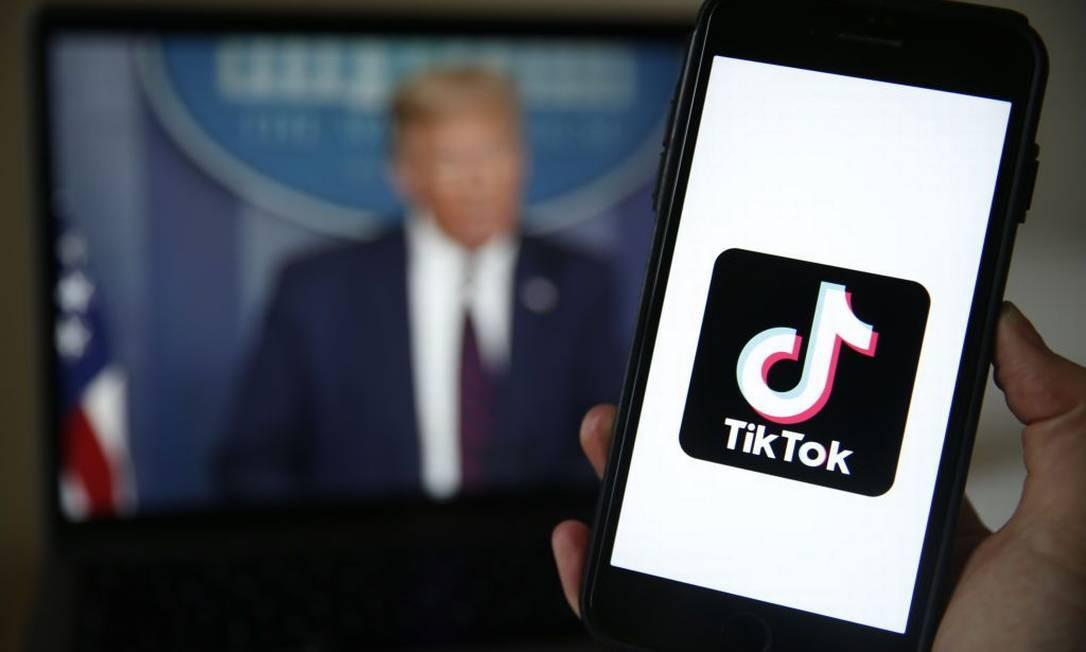 Casa Branca acusa aplicativo TikTok de roubar dados dos cidadãos americanos Foto: Bloomberg / Bloomberg