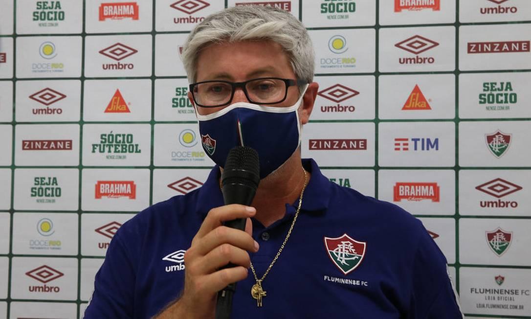 Odair Hellmann: insucesso na tentativa de dar poder ofensivo ao time Foto: Lucas Mercon/Fluminense