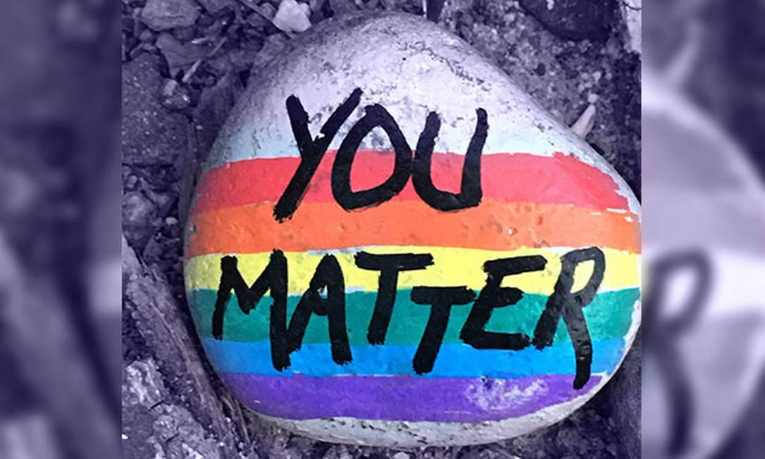 Talvez algumas pessoas pensem que a igualdade LGBT+ é fato consumado. Talvez sejam pais e mães brancos heterossexuais que moram nos subúrbios e imaginam seus filhos homossexuais seguros agora que a guerra cultural que os ameaçava é coisa do passado Foto: NYT