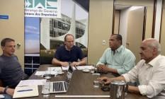 Reunião na liderança da Câmara neste domingo com deputador Ricardo Barros, senadores Marcio Bittar e Eduardo Gomes, e ministro Ramos Foto: Reprodução internet