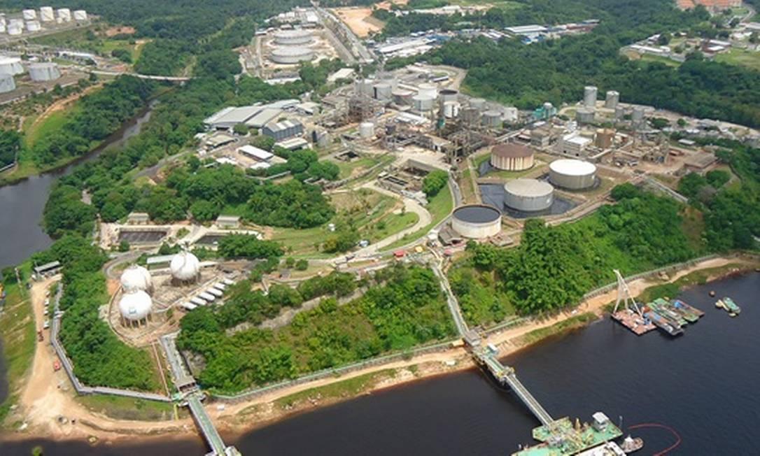 A Refinaria Isaac Sabbá (Reman) foi inaugurada em 3 de janeiro de 1957 e está localizada à margem esquerda do Rio Negro, em Manaus, estado do Amazonas. Em 31 de maio de 1974, foi incorporada ao Sistema Petrobras Foto: Reprodução