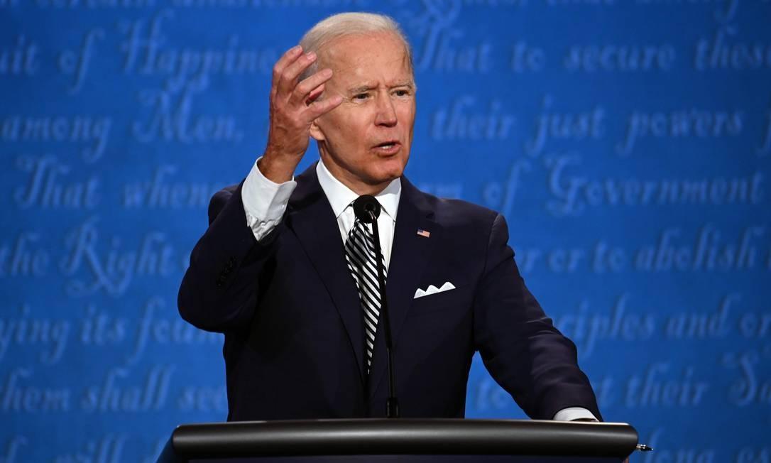 Candidato democrata à Presidência dos EUA, Joe Biden, durante debate com o presidente e candidato à reeleição, Donald Trump Foto: JIM WATSON / AFP