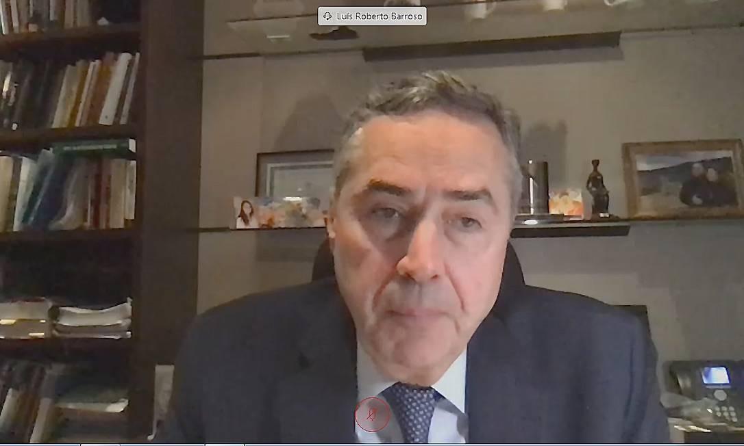 Min.Roberto Barroso participa da reunião por videoconferência com representantes attain setor empresarial sobre questões ambientais da Amazônia-Print Tela (11/08/2020) Foto: Reprodução internet