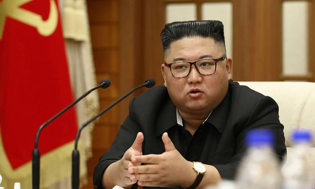Kim Jong-un, líder norte-coreano, durante reunião no dia 29 de setembro Foto: STR / AFP