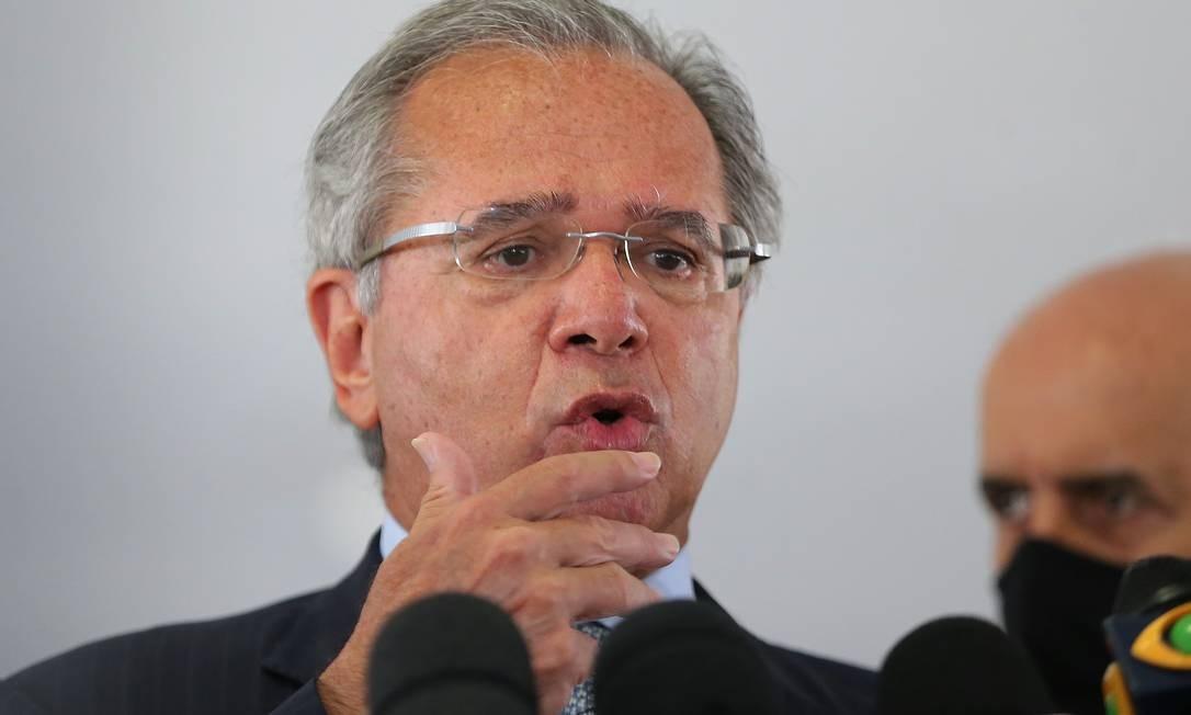 O ministro da Economia, Paulo Guedes, em entrevista Foto: Jorge William / Agência O Globo / 23-09-20