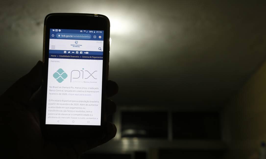 O Pix entra em funcionamento no dia 16 de novembro Foto: Marcelo Theobald / Agência O Globo