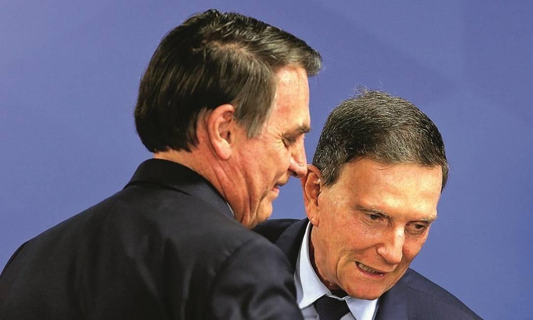 Jair Bolsonaro e Marcelo Crivella Foto: Jorge William / Agência O Globo