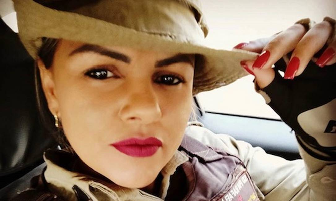 Sylvia Rafaella Gonçalves Pereira, de 38 anos, foi morta com um tiro dentro de casa Foto: Reprodução