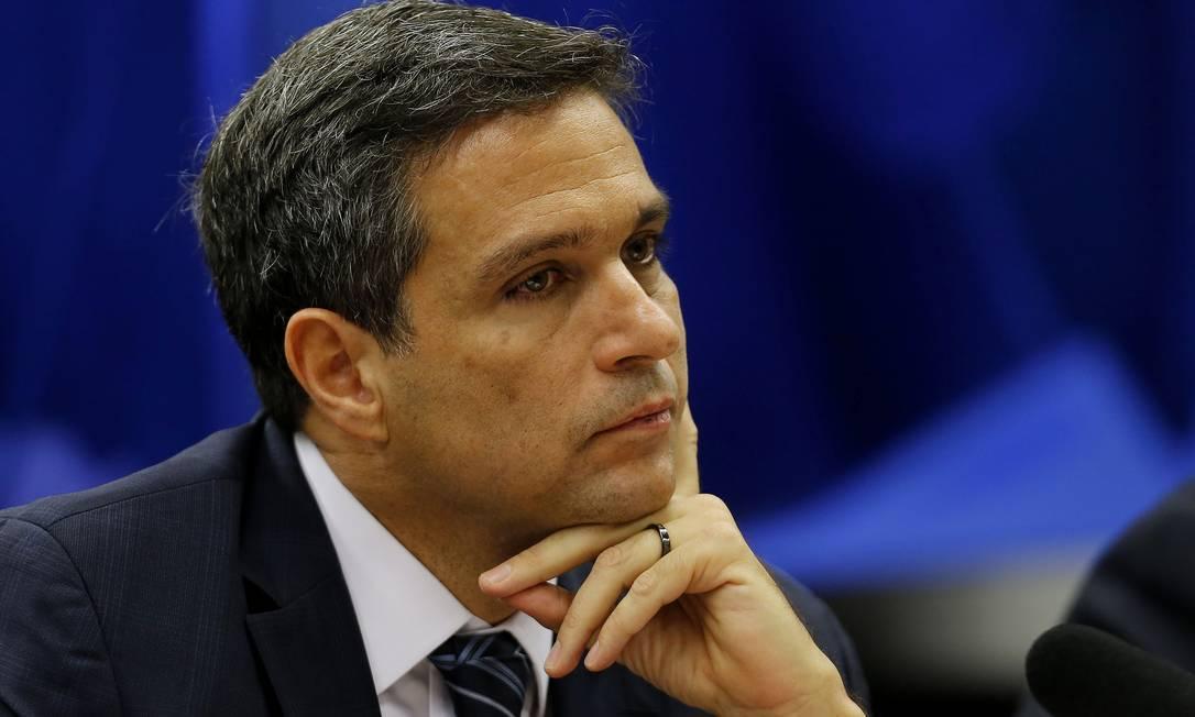 Campos Neto disse que o Banco Central está 'relativamente tranquilo' com a inflação Foto: Jorge William / Agência O Globo