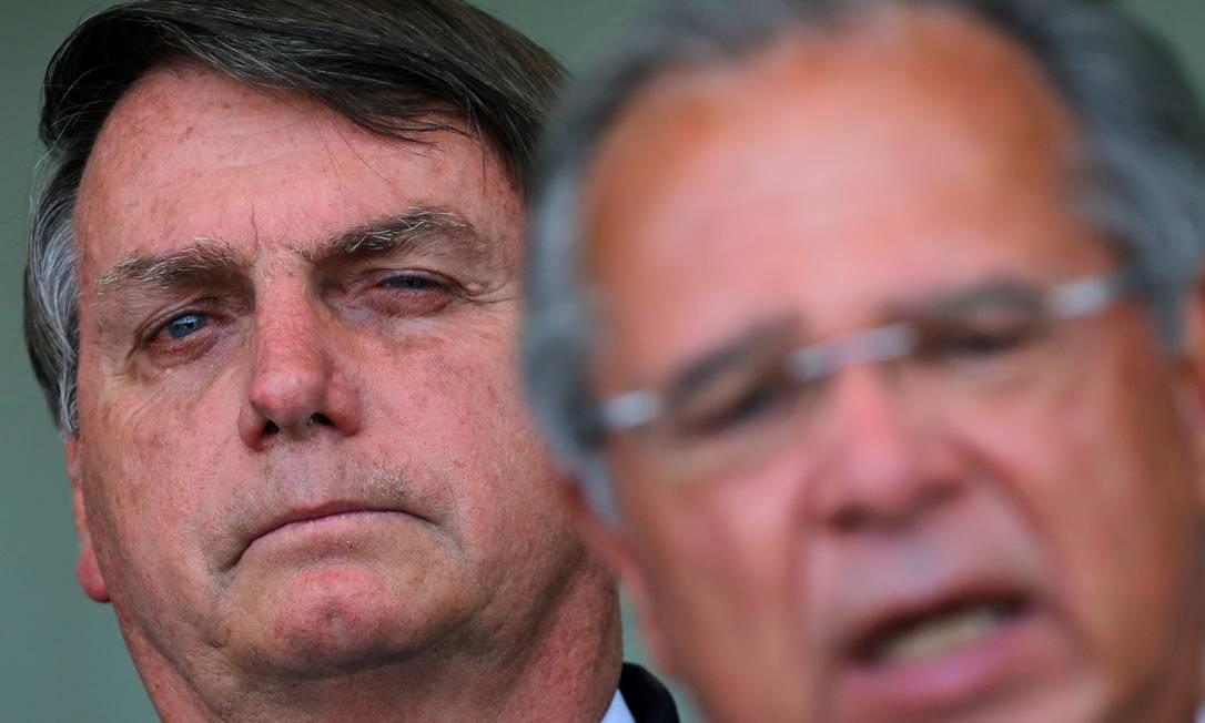 O presidente Jair Bolsonaro e o ministro da Economia, Paulo Guedes Foto: Adriano Machado / Reuters / 28-09/20