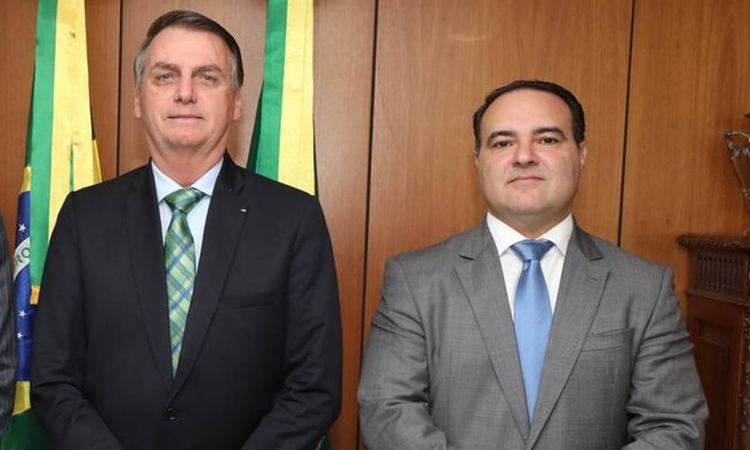O presidente Jair Bolsonaro e Jorge Antonio de Oliveira Francisco, indicado ao TCU Foto: Presidência da República/Divulgação