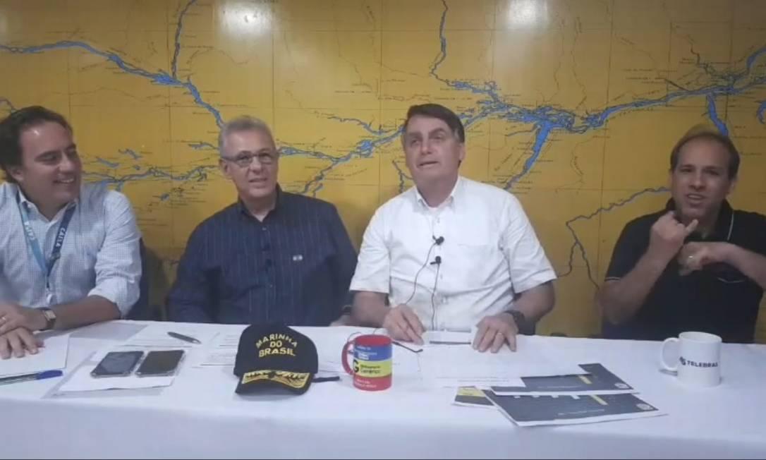 Bolsonaro defende Kassio Marques e reclama de críticas da 'direita burra' Foto: Reprodução