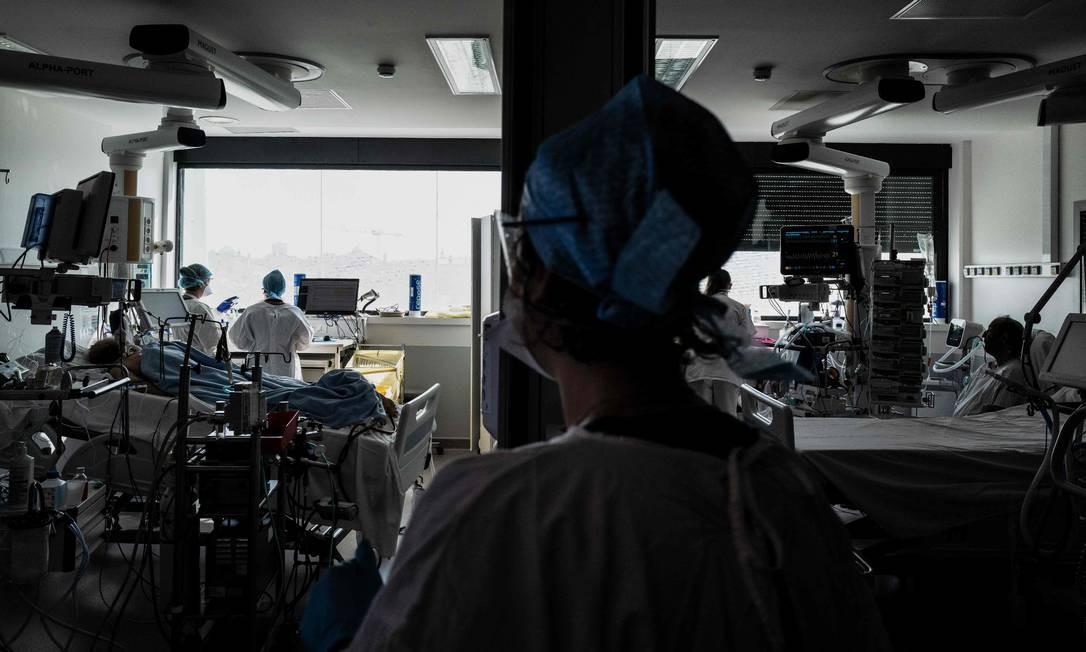 ANS decide forma de recomposição de reajustes suspensos este ano Foto: JEFF PACHOUD / AFP
