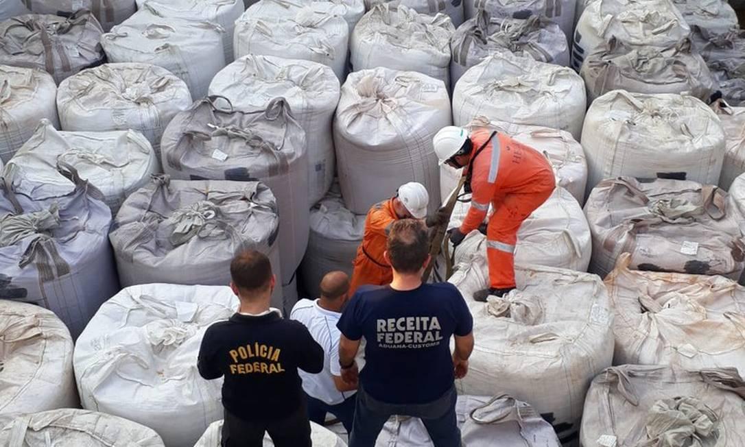 Apreensão de cocaína no Porto de São Sebastião, em São Paulo Foto: Divulgação / Polícia Federal