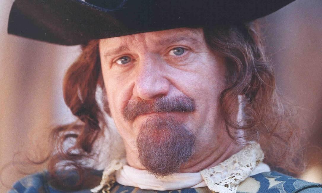 Cecil Thiré, como Capitão Antunes, personagem que interpretou na novela & # 034; A Padroeira & # 034;, na TV Globo Foto: Cristiana Isidoro