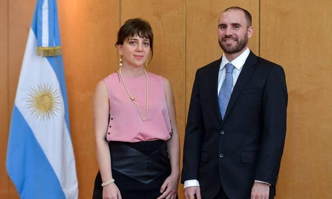 Mercedes D'Alessandro, diretora nacional de Economia e Igualdade de Gênero, e Martín Guzmán, ministro da Economia da Argentina Foto: Reprodução/Governo Argentino