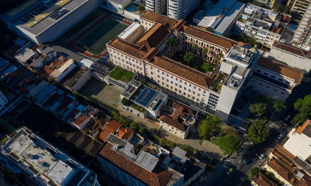 Colégio Santo Inácio suspendeu as aulas das turmas do 1º ano após aluno ter sintomas compatíveis com Covid-19 Foto: Brenno Carvalho / Agência O Globo
