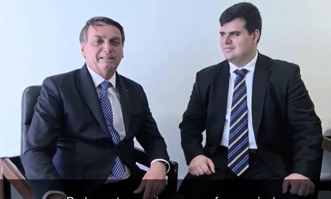 O presidente Bolsonaro com Bruno Engler (PRTB) em propaganda na TV Foto: Reprodução/Redes Sociais
