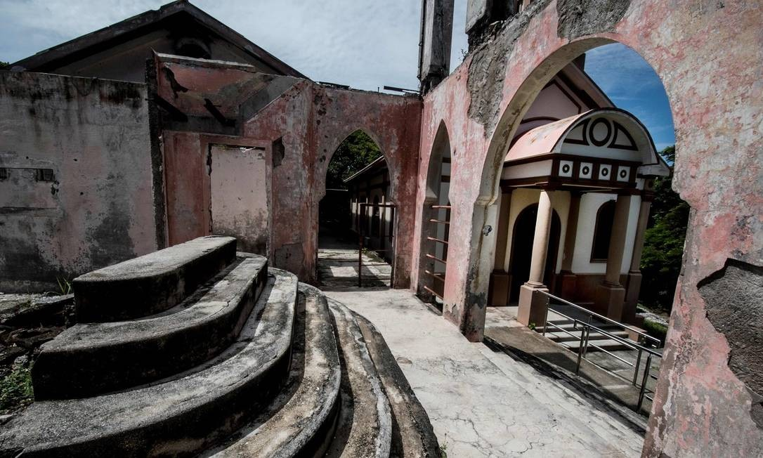 A antiga igreja da ilha, parte do complexo de construções que integrava a colônia penal de San Lucas Foto: Ezequiel Becerra / AFP