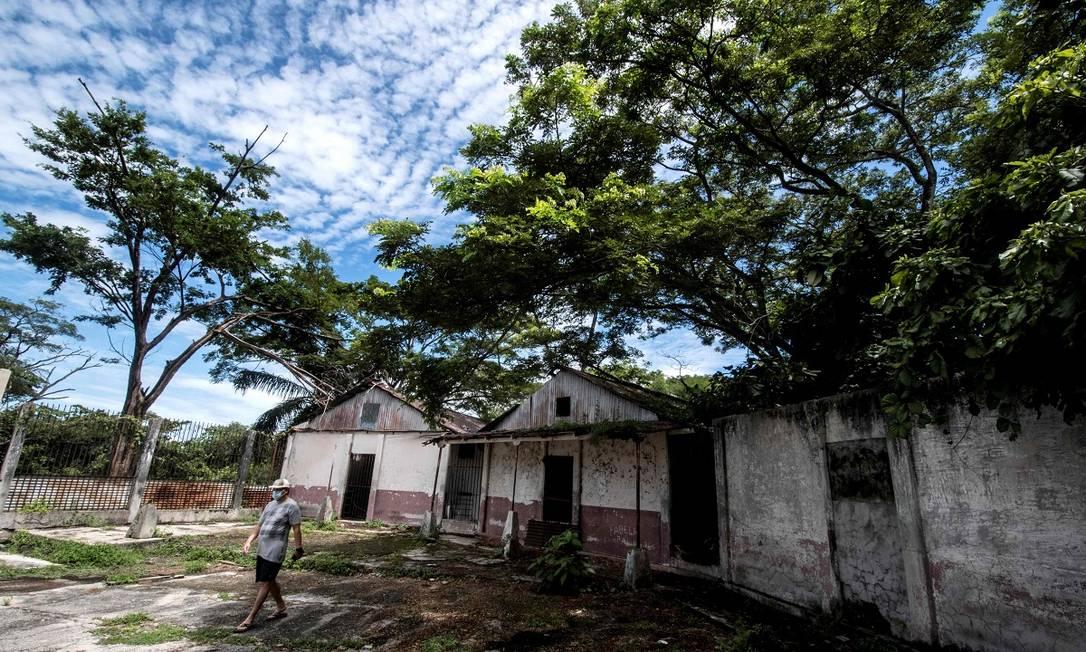 As sete celas da antiga prisão de Ilha San Lucas ficavam ao redor de um pátio, em cujo centro se encontrava uma fossa, que funcionava como solitária Foto: Ezequiel Becerra / AFP