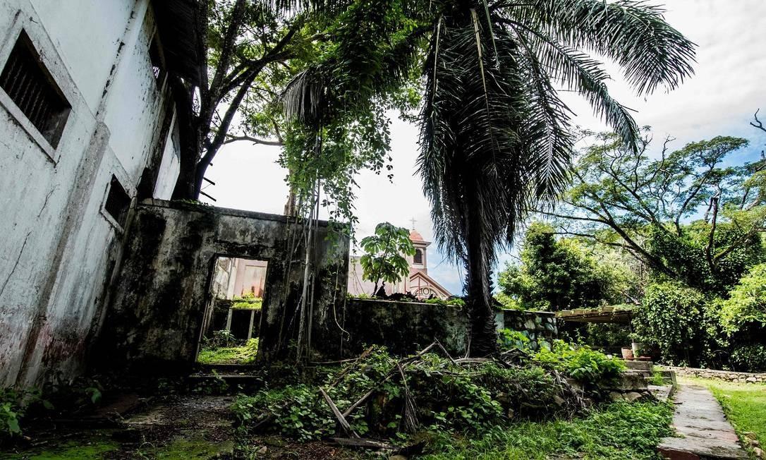 As ruínas da antiga prisão de Ilha San Lucas, na Costa Rica, que funcionou por 117 anos e para onde eram mandados presos políticos e criminosos perigosos Foto: Ezequiel Becerra / AFP