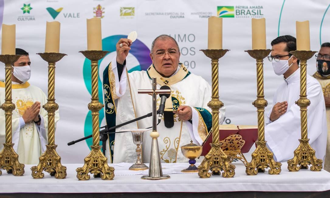 Santa Missa em Ação de Graças foi celebrada pelo arcebispo do Rio, cardeal dom Orani João Tempesta Foto: Brenno Carvalho / Agência O Globo