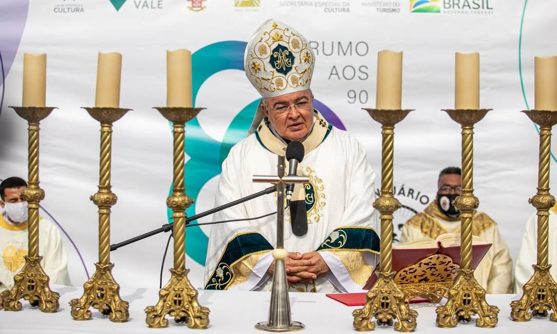 O cardeal celebra Santa Missa em Ação de Graças pelos 89 anos do Cristo Redentor Foto: Brenno Carvalho / Agência O Globo
