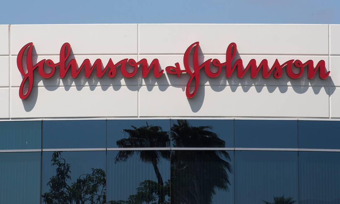 Prédio de centro de pesquisas da J&J na Califórnia Foto: MARK RALSTON / AFP