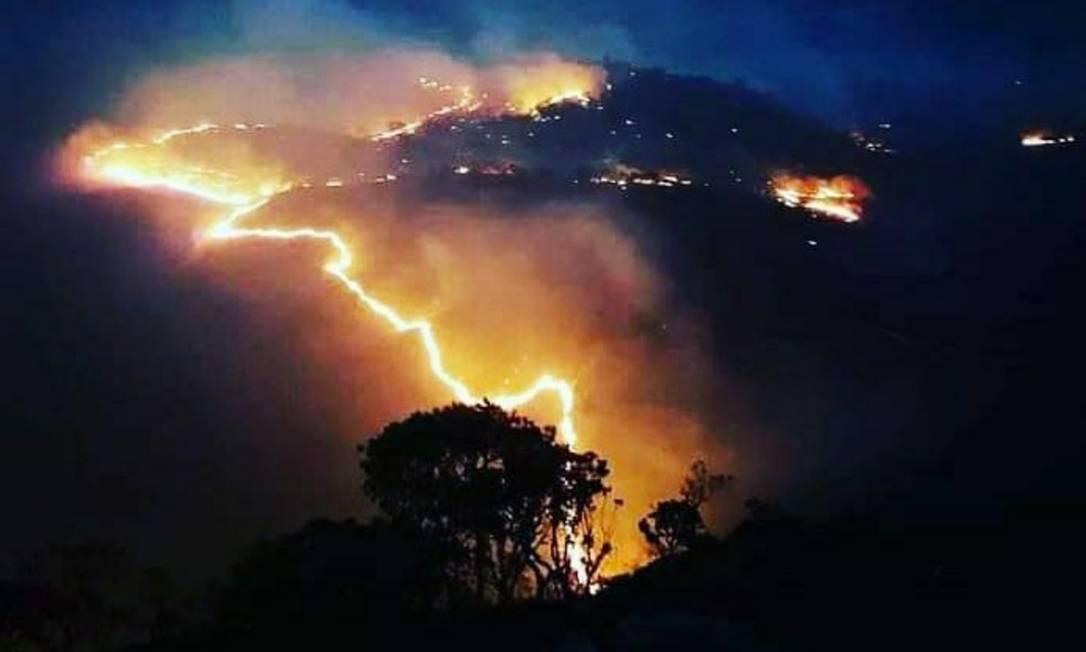 Incêndio na Chapada dos Veadeiros, destruiu mais de 75 mil hectares de vegetação Foto: Rede Contra Fogo/Arquivo Pessoal