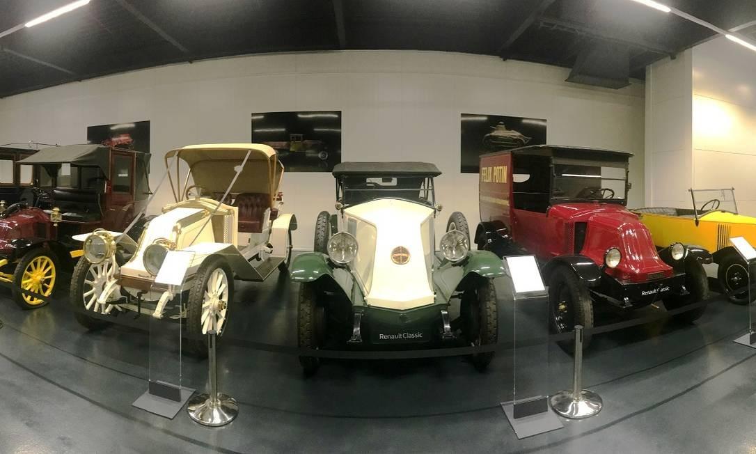 Coleção Renault Classic: acervo histórico é mantido pela marca francesa em Flins Foto: Jason Vogel