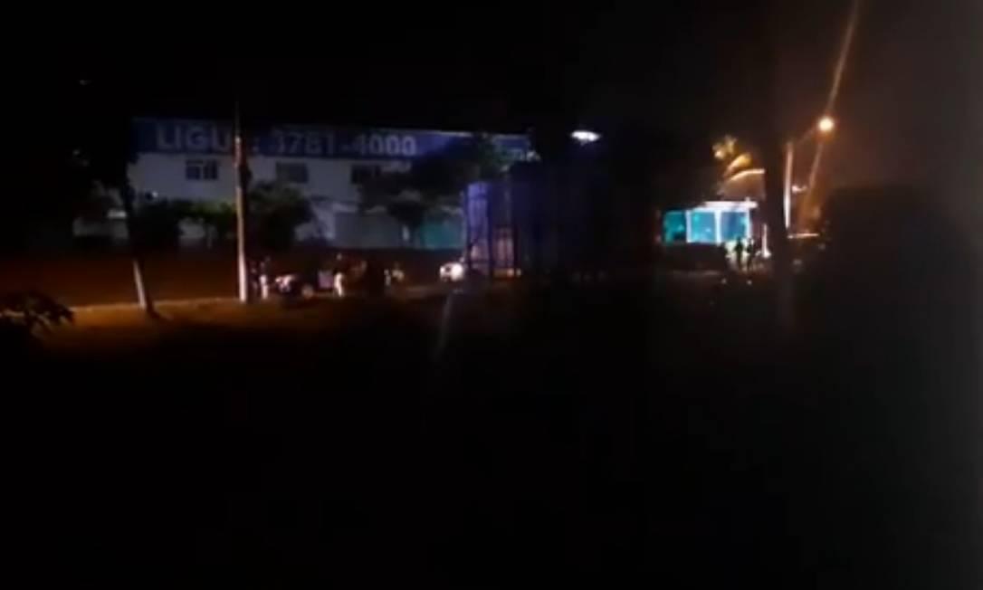 Comboio foi interceptado na altura do posto da PRF na Rio-Santos, em Itaguaí Foto: Reprodução
