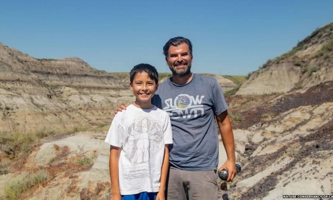 Nathan e Dion frequentemente fazem caminhadas na unidade de conservação de Alberta Badlands Foto: Divulgação/ Nature Conservancy of Canada