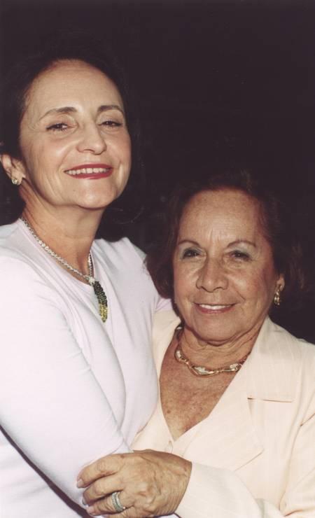 Lucinha Araujo e Florinda Barbosa, em 2000 Foto: Armando Araújo / Agência O Globo