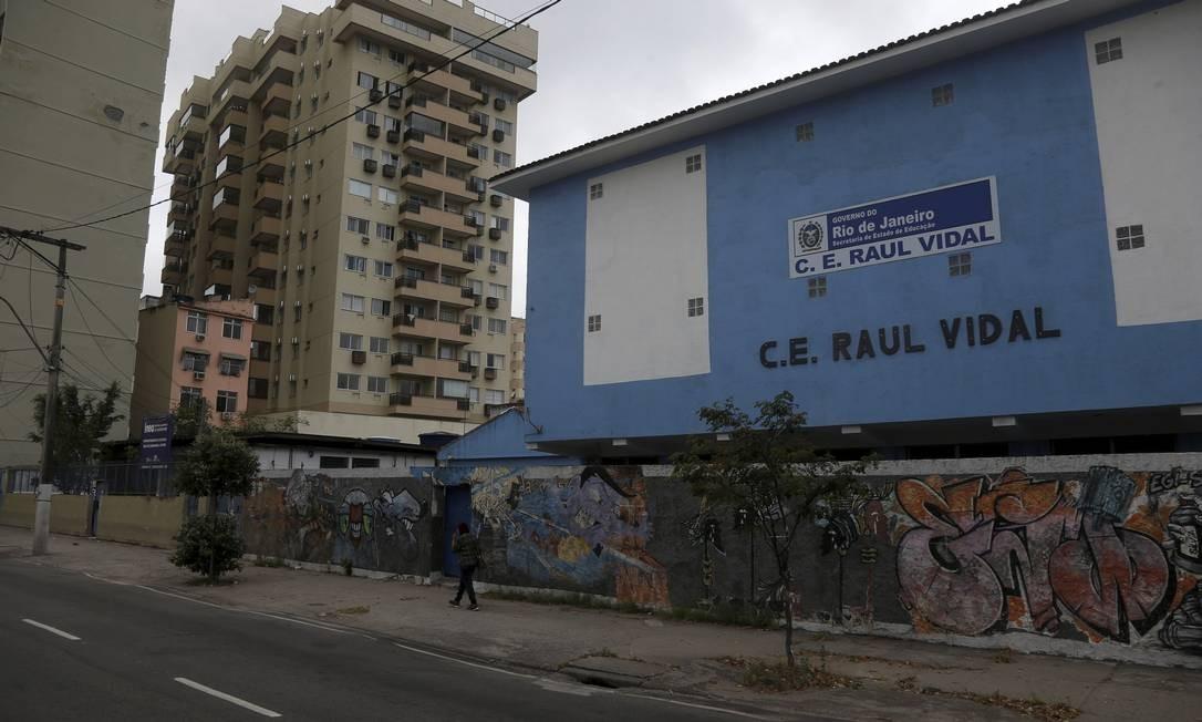 O Colégio Estadual Raul Vidal, no Centro de Niterói, é uma das escolas da rede estadual a reabrir nesta segunda-feira, dia 19 Foto: Fabiano Rocha / Agência O Globo