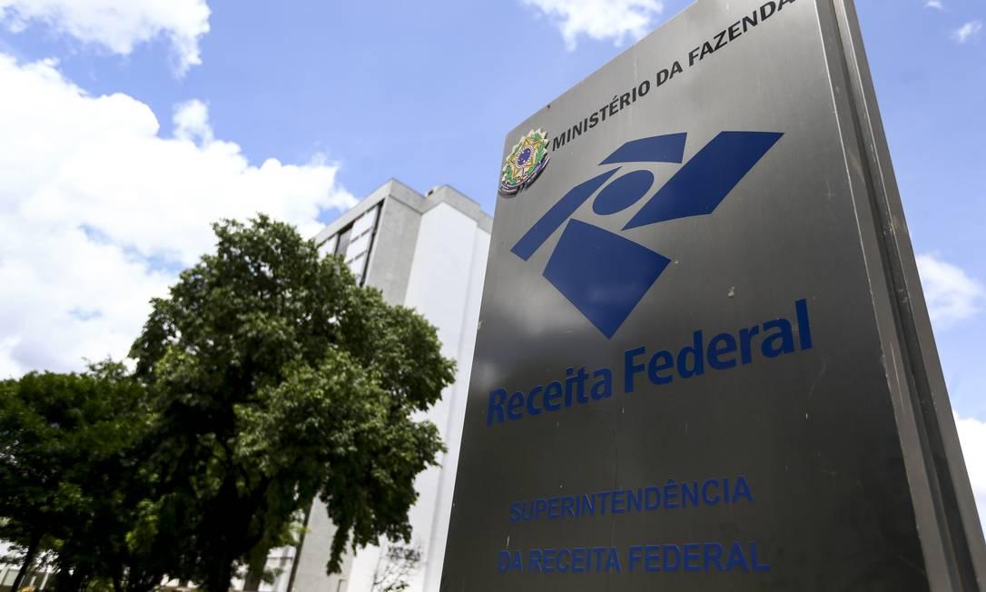 Superintendência da Receita Federal, em Brasília. Governo não vai excluir empresas do Simples Nacional em 2020 Foto: Marcelo Camargo / Agência Brasil
