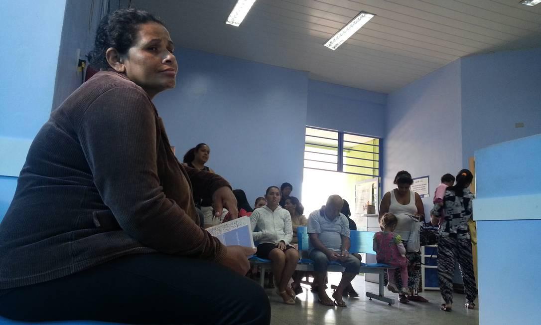 População aguarda atendimento em Unidade Básica de Saúde em Guarulhos Foto: Marcos Alves / Agência O Globo