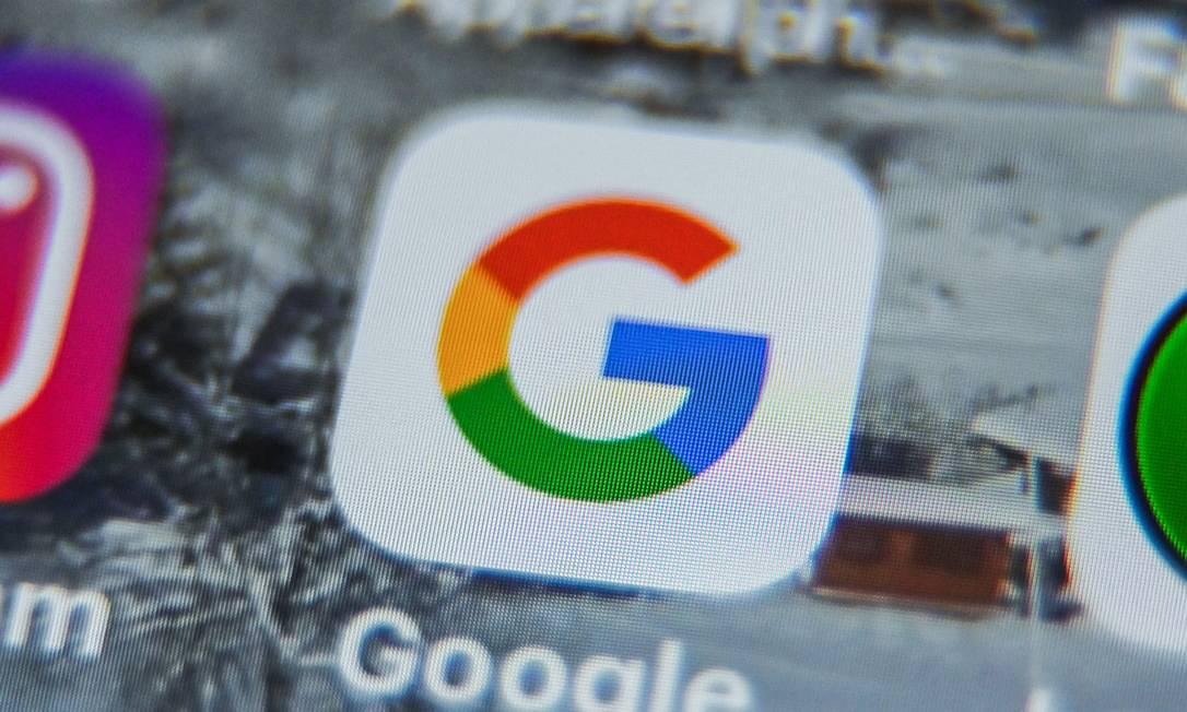 """Órgão que regula internet na França acusa Google e Facebook de colocar 'cookies' de publicidade nos computadores """"sem consentimento prévio"""" dos usuários Foto: DENIS CHARLET / AFP"""