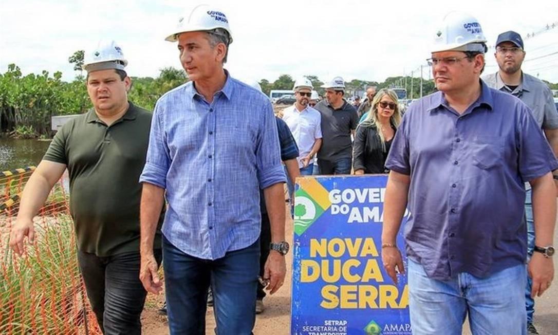 Davi Alcolumbre (à esquerda), o governador Waldez Góes e Josiel Alcolumbre (à direita) Foto: Divulgação