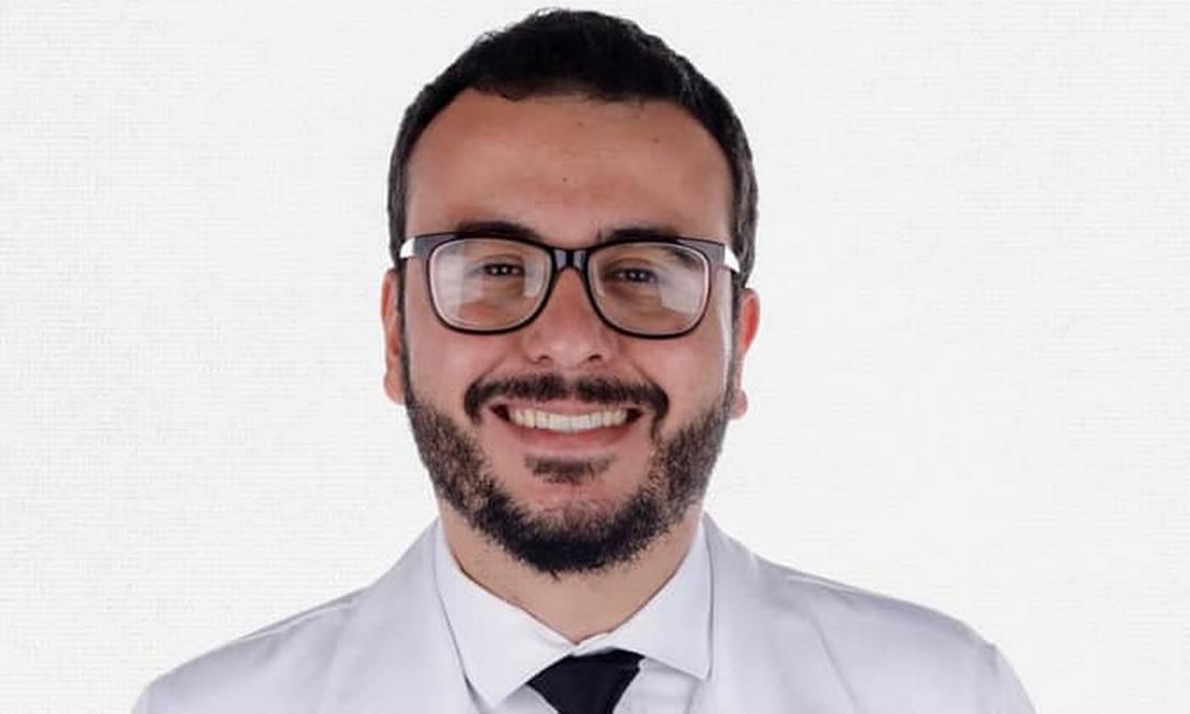 O médico João Pedro Rodrigues Feitosa, de 28 anos, voluntário do ensaio clínico da vacina de Oxford e vítima da Covid-19 Foto: Reprodução / Redes sociais