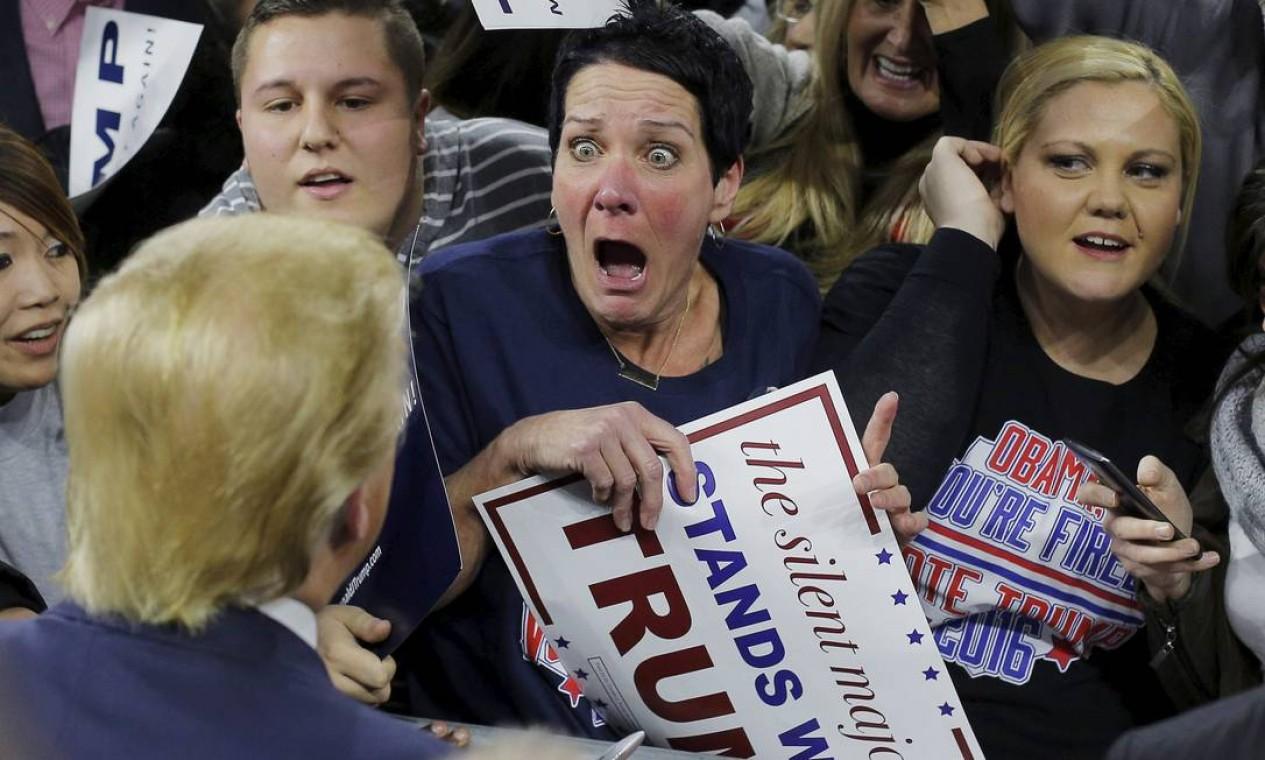 Eleitora de Trump em Massachusetts vibra com o então candidato em 2016 Foto: Brian Snyder / Agência O Globo - 04/01/2016
