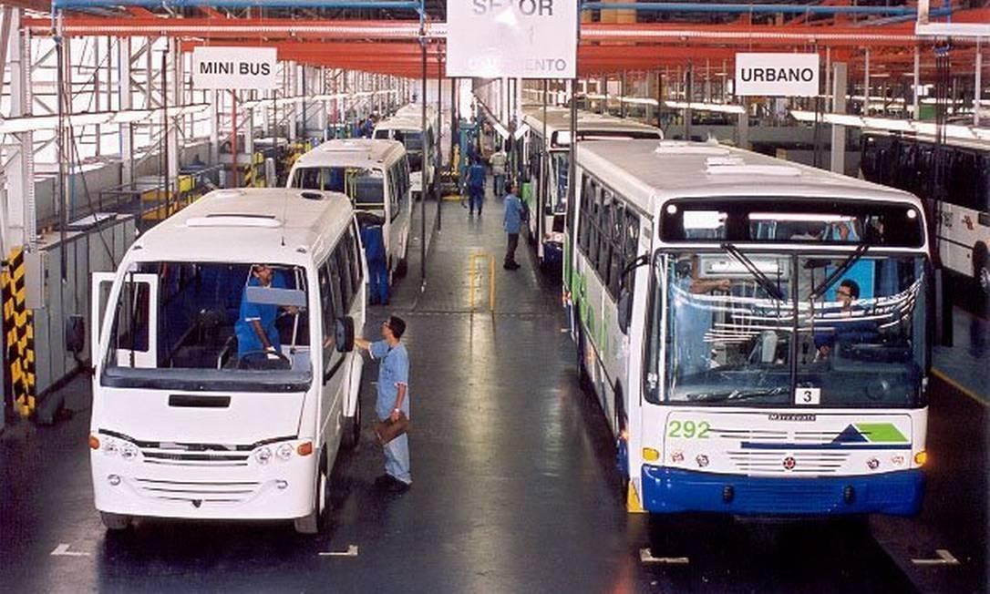 Linha de montagem de ônibus e microônibus da Ciferal. Foto: Divulgação