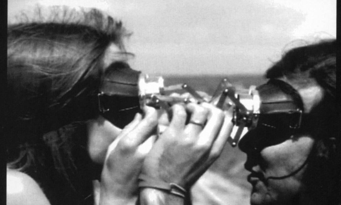 Obra da série 'Diálogo: óculos' (1968) Foto: Divulgação