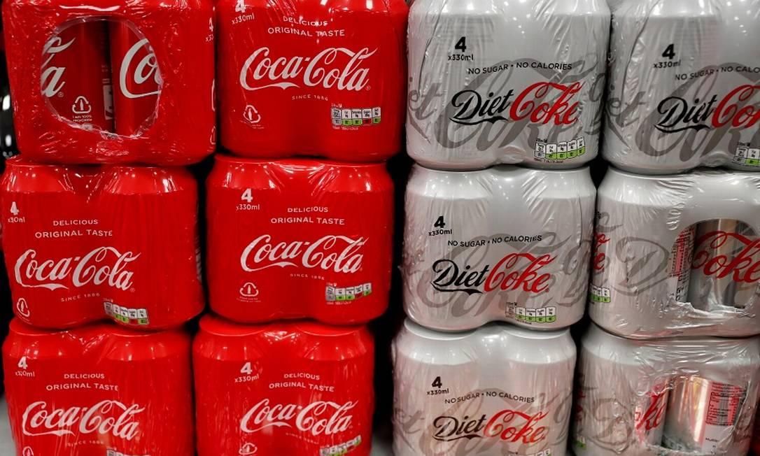 Coca-Cola: corte na produção para focar nas principais marcas. Foto: Peter Cziborra / REUTERS