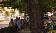 Mureta da Urca, na Zona Sul do rio, voltou a ficar agitada Foto: Gabriel Monteiro / Agência O Globo