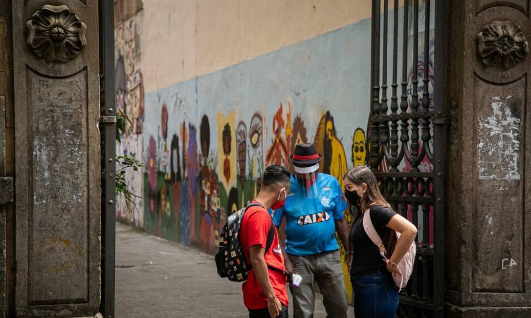 Aulas presenciais retornaram esta semana na rede estadual: adesão de alunos foi baixa; em Jacarepaguá, diretor diagnosticado com Covid-19 Foto: Hermes de Paula em 19-10-2020 / Agência O Globo