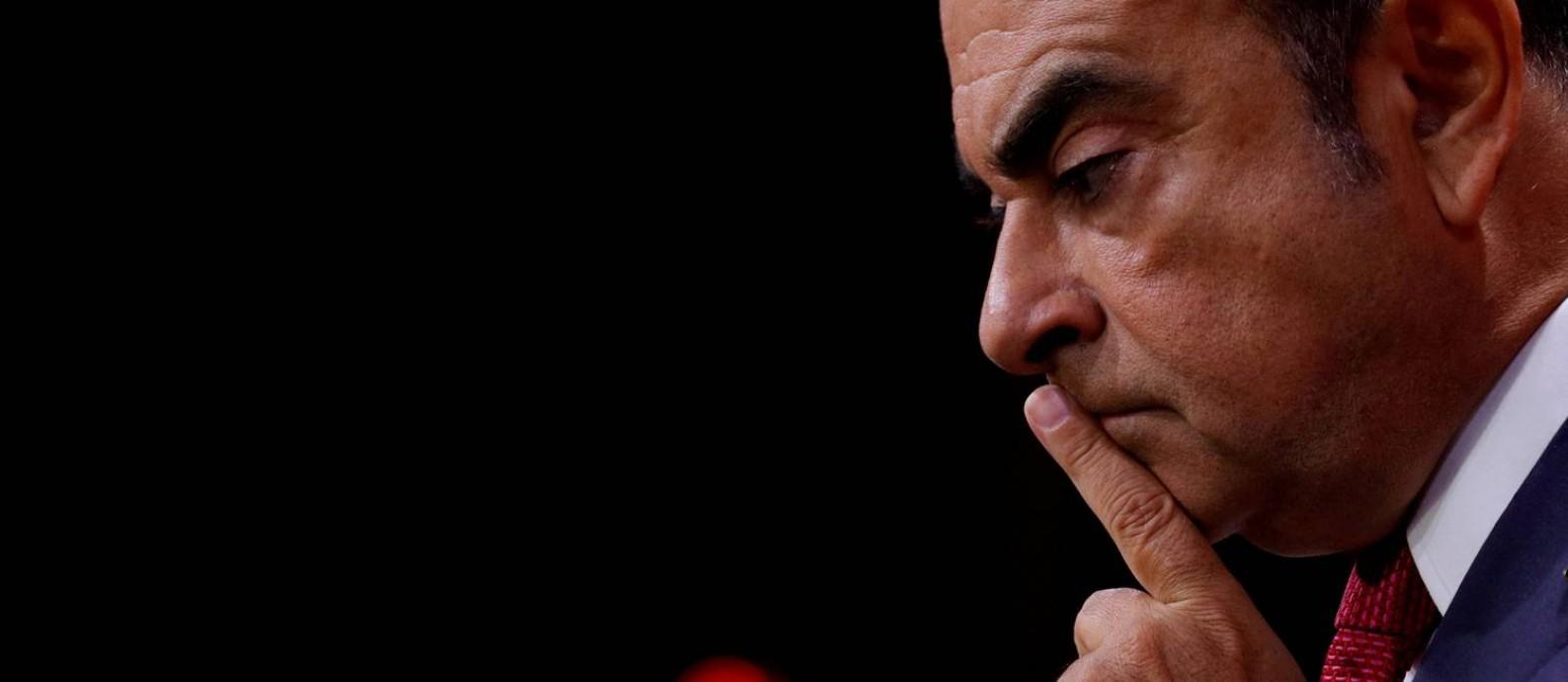 A queda do ex-titã da indústria automobilística Carlos Ghosn é descrita por jornalistas franceses Foto: Philippe Wojazer/15-9-2017 / Reuters