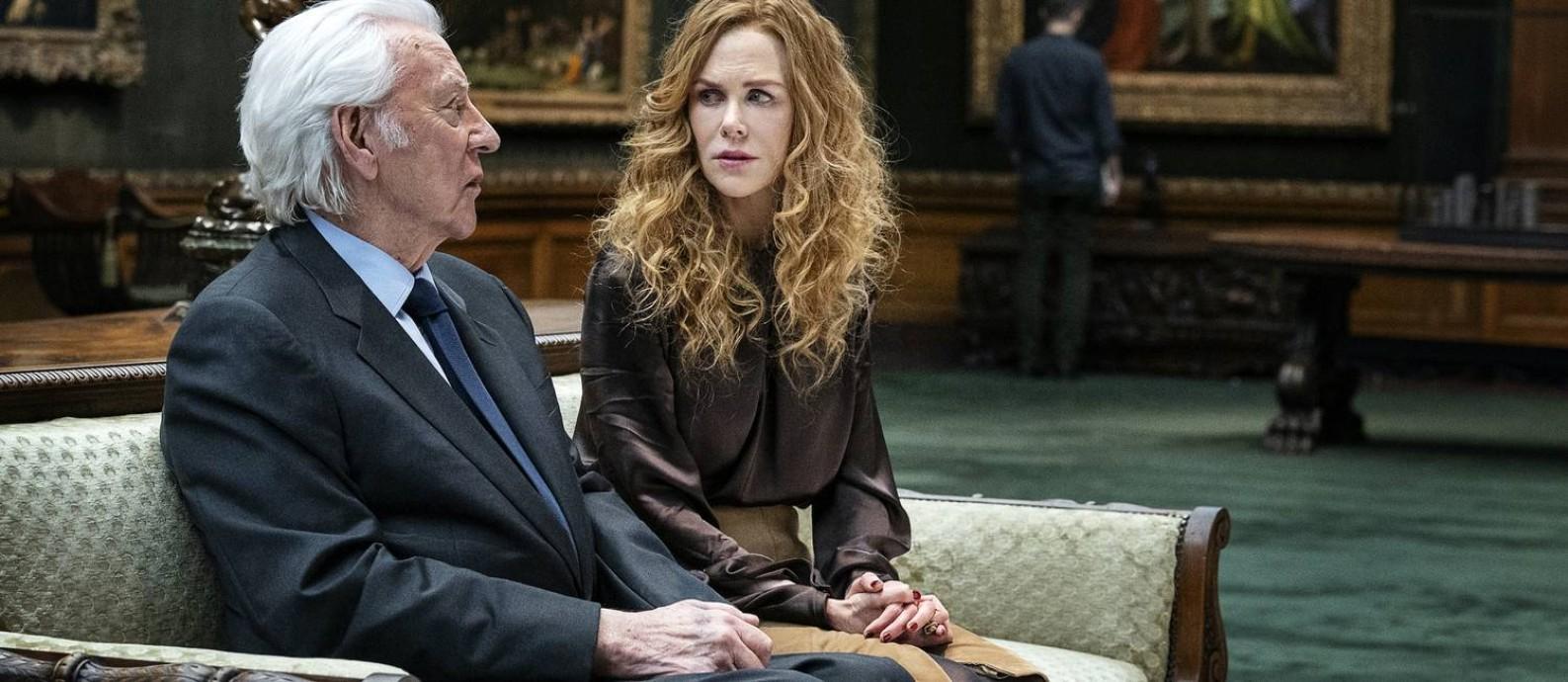 """Nicole Kidman e Donald Sutherland em cena das minissérie """"The undoing"""" Foto: David Giesbrecht / Divulgação"""